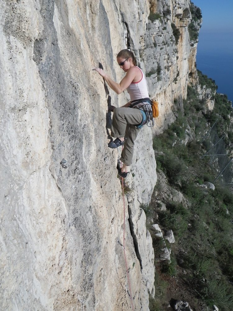 Outdoor sports in Nice Cote d'Azur - rock climbing