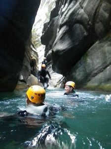 canyoning for beginner close to Nice with cramassouri