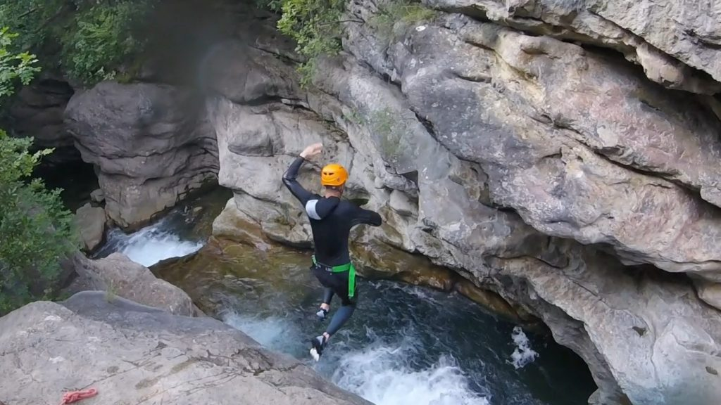 canyoning-in-the-var-Canyon06-frejus-saint-raphael