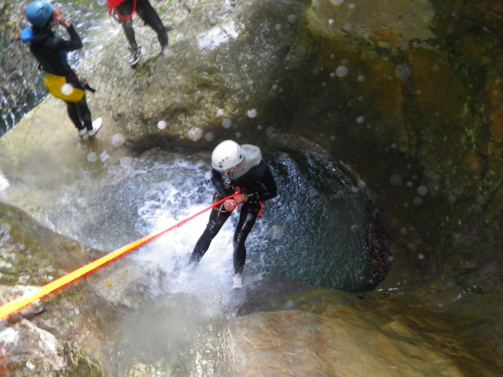 bachelor party-canyoning in Nice-Canyon06