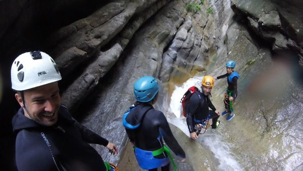 Cramassouri canyoning trip in the Cote d'Azur, a perfect tour with children.